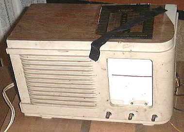 Clipper radio before restoration